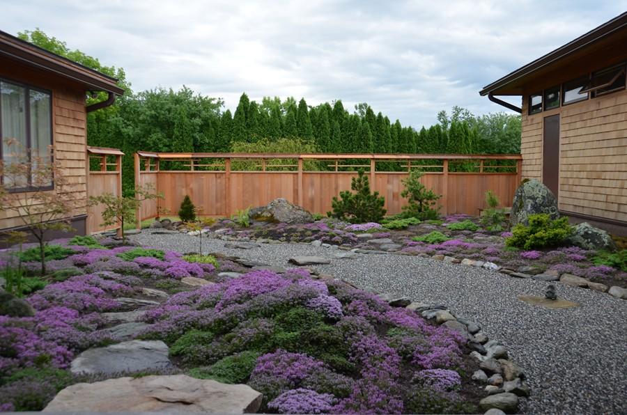 Zen garden burlington garden ftempo for Garden supply burlington vermont